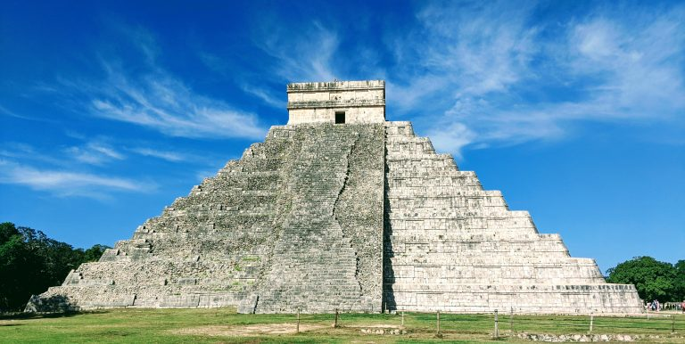 Read more about the article How to beat the crowds at Chichen Itza