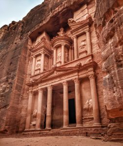 Taking a day trip from Aqaba to Petra – Plus 20 unique lost city of Petra pictures