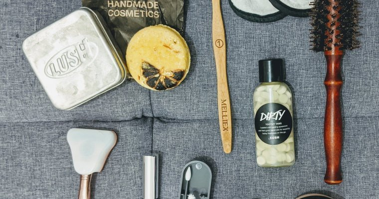 Clean Up Your Toiletries Bag – Eco Travel Hacks